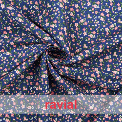 HARU. Printed cotton fabric with small flowers.