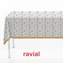 HM-MARADA. Stain resistant polyester fabric. Tablecloth with Christmas print.
