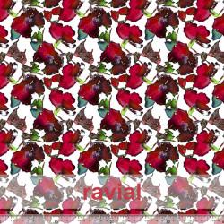 OLALLA. Tissu avec beaucoup de chute. Imprimé floral.