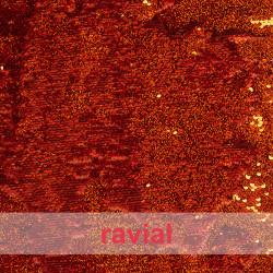 FIESTA ADOREE. Tejido de tul con lentejuelas cosidas de holograma reversibles.