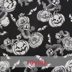 FANTASIA HALLOWEEN. Quite rigid satin fabric. Pumpkins, ghosts and bats print.
